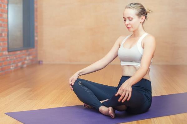 Le yoga pour soigner les acouphènes